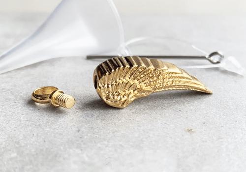 angel_wing_ash_pendant